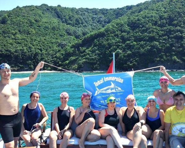 Türk Yüzücülerimiz Tekne Turunda